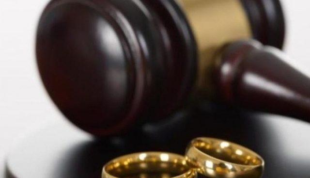 როგორ იყოფა ქონება განქორწინებისას?